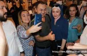 Serdar Ortaç, Beşiktaş'tan bir kez daha özür diledi